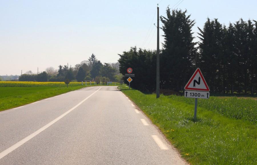 Continuer sur la D51 jusqu'au Buisson Chevalier